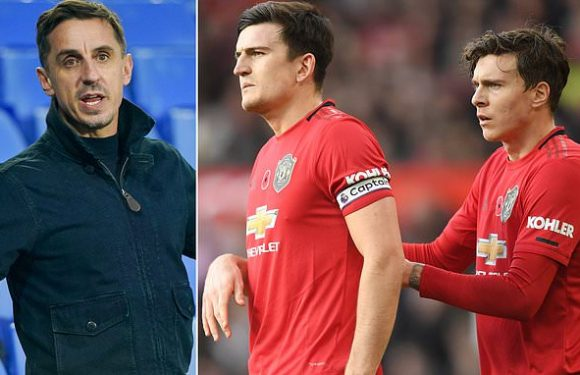Neville claims United will 'never win league' with current defenders
