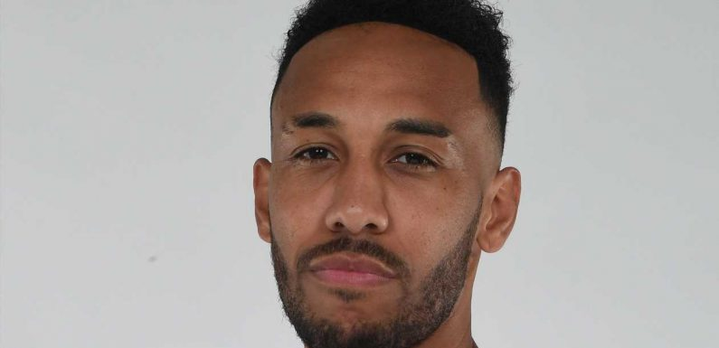 Pierre-Emerick Aubameyang signs new three-year Arsenal contract