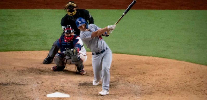 Dodgers' Will Smith hits three-run homer off Braves' Will Smith in Game 5 of NLCS