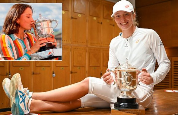 Iga Swiatek on her newfound fame in Poland after French Open victory