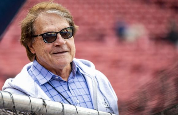 Hall of Famer La Russa, 76, to manage White Sox