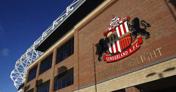 Sunderland agree sale with owner Stewart Donald handing club to 22-year-old