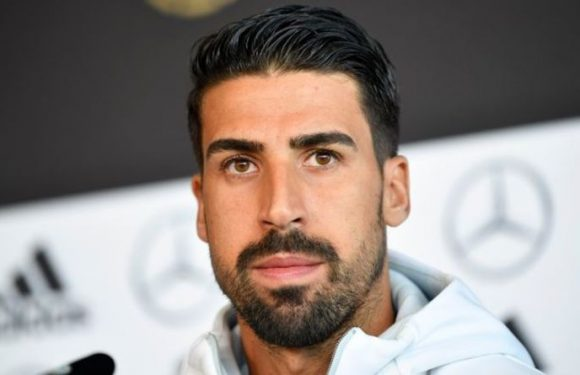Man Utd transfer target Sami Khedira teases Tottenham or Everton switch as future unclear