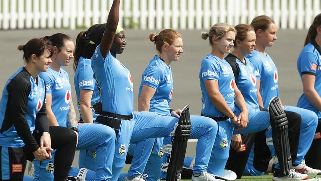 Stafanie Taylor: West Indies and Adelaide Strikers star explains why taking a knee has been so important for her