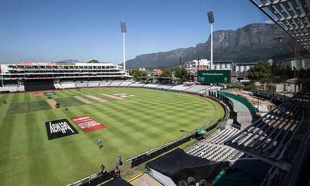 Three South Africa players self-isolating after one positive test