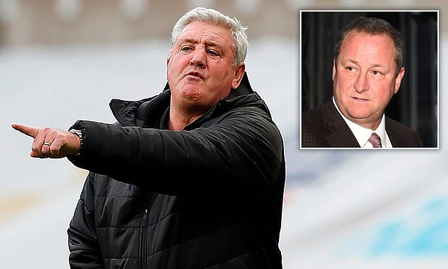 Newcastle boss Bruce 'backed by Ashley' despite anger from fans