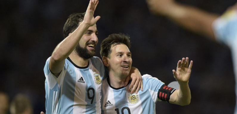 Higuain snubs Lionel Messi and Cristiano Ronaldo as he picks three best forwards