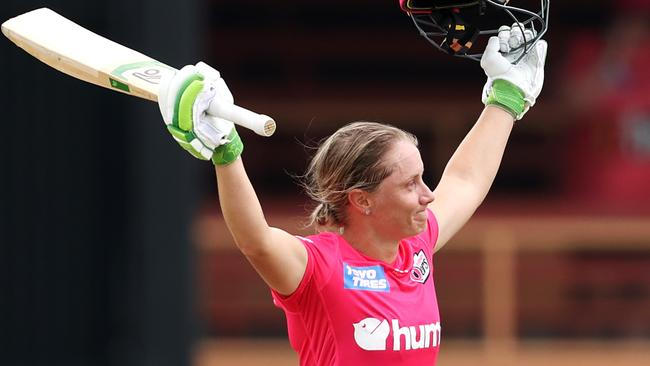 Alyssa Healy goes completely nuts in record WBBL innings