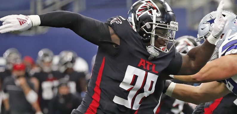 Falcons DE Takk McKinley lashes out over unfulfilled desire to be traded