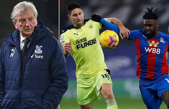 Hodgson says Palace escaped positive Covid-19 tests after Newcastle