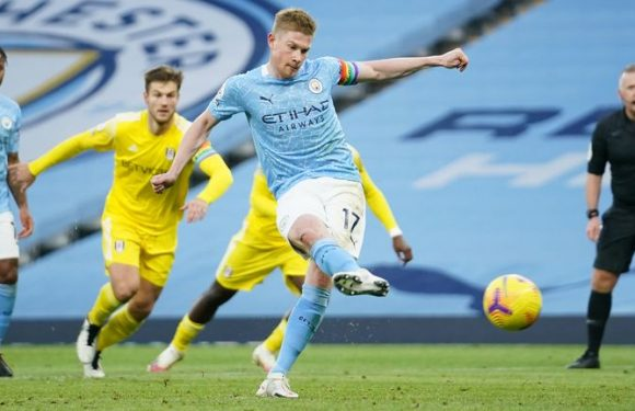 Man City 2-0 Fulham: Kevin De Bruyne and Raheem Sterling fire as Pep Guardiola's men return to swaggering best