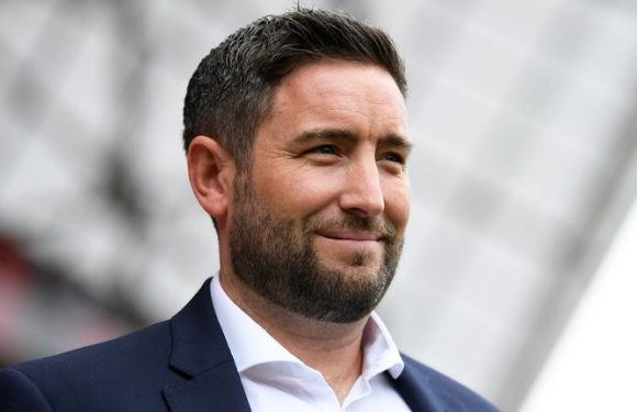 Sunderland set to appoint Lee Johnson as manager within next 24 hours