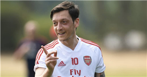 Mesut Ozil to tell Arsenal fans about his future on Twitter Q&A on Monday night