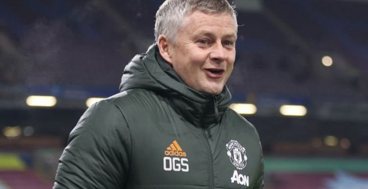 Man Utd 'hungry' to beat Liverpool warns Ole Gunnar Solskjaer after sending title message