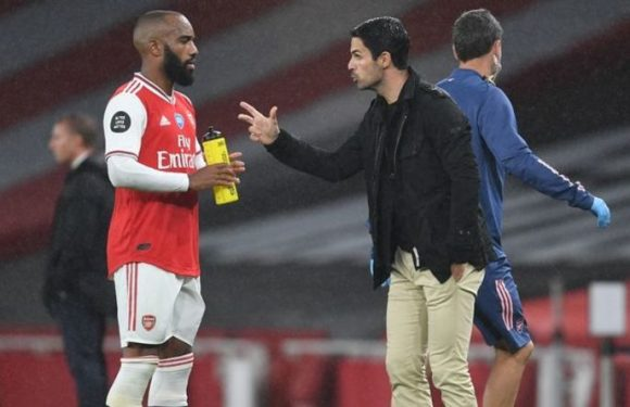 Arsenal preparing to sell Alexandre Lacazette due to 'strained' Mikel Arteta relationship