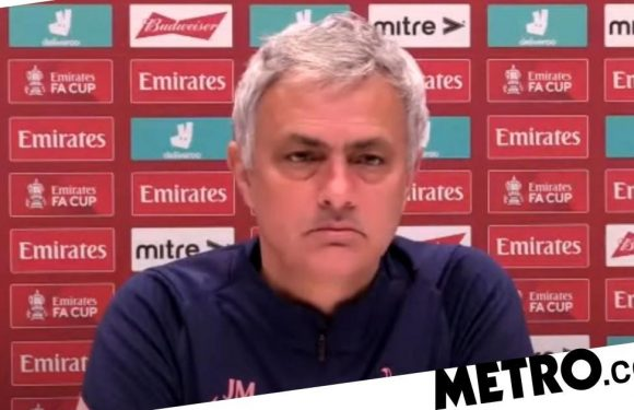 Jose Mourinho refuses to back Frank Lampard after Chelsea sack rumours