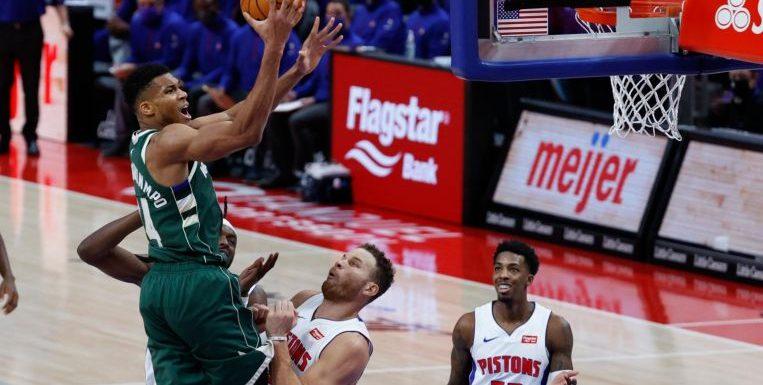 NBA: Antetokounmpo propels Bucks over Mavs, James leads Lakers past Pelicans