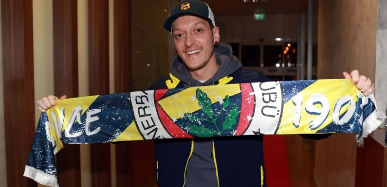 Mesut Ozil completes Fenerbahce transfer and ends Arsenal nightmare