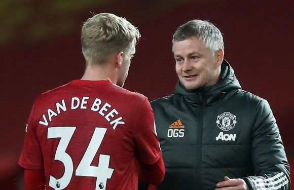 Man Utd's reaction to Van de Beek offer proves what they think of summer signing