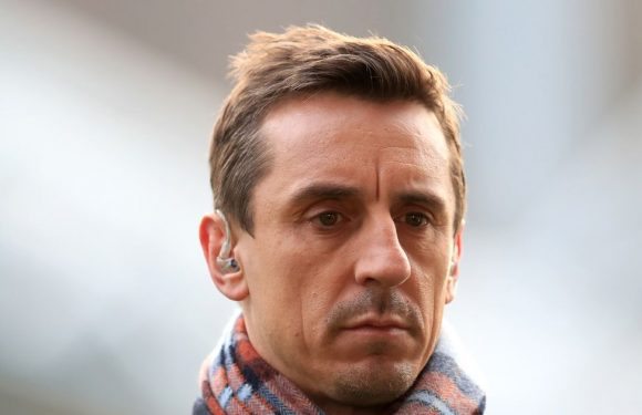 Gary Neville's major Liverpool concern could come true against Man Utd