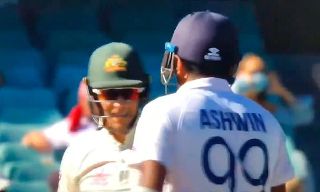 Tim Paine and Ravi Ashwin get into heated sledging match
