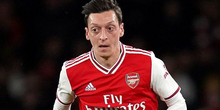 Mesut Ozil: Arsenal midfielder 'closer than ever' to transfer to Fenerbahce