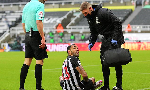 Newcastle's Callum Wilson out for EIGHT WEEKS with a hamstring tear