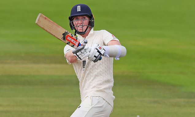 Batsman Zak Crawley fit for England's pink-ball Test against India