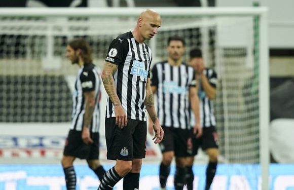 Shelvey says he wouldn't want to play for Leeds after facing Rodrigo