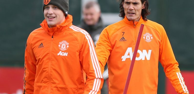 Manchester United hit by Edinson Cavani and Donny van de Beek injuries ahead of Real Sociedad trip