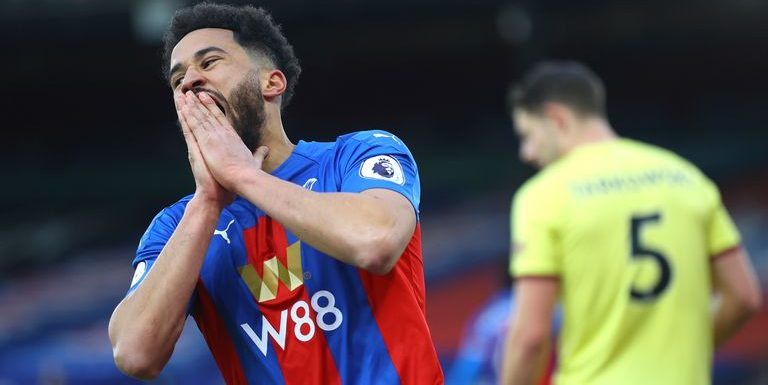Roy Hodgson: Crystal Palace boss defends players' efforts after fans criticise 'spineless, defensive tactics'