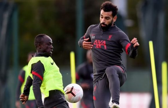 Michael Owen has Mohamed Salah and Sadio Mane concern for Liverpool after Chelsea loss