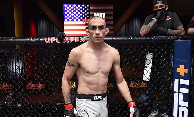 Tony Ferguson to make UFC return against Beneil Dariush at UFC 262