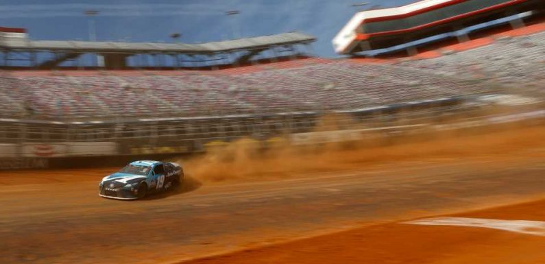 Who won the NASCAR race yesterday? Complete results from dirt race at Bristol