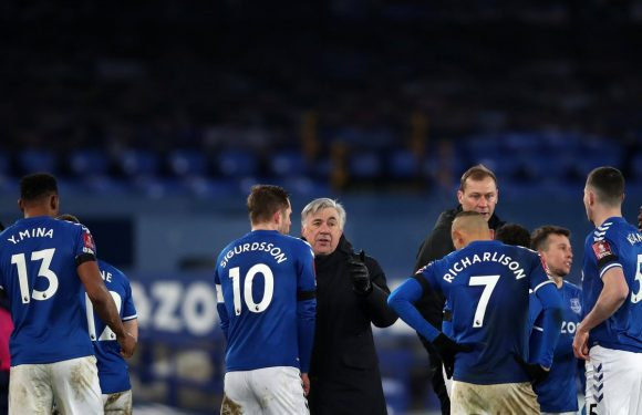 Carlo Ancelotti wants Everton players to use 'expectation' as 'motivation' in chase for Champions League
