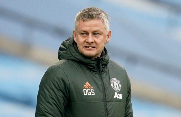 Man Utd end Man City's winning run but Ole Gunnar Solskjaer plays down talk of Premier League title race revival