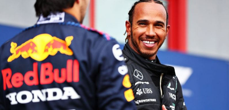 Hamilton planning to stay in F1 next year