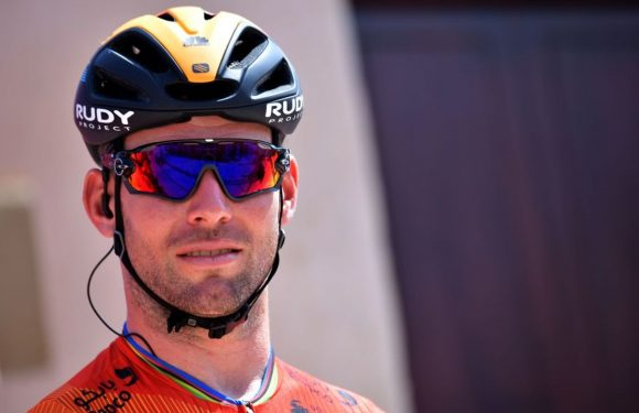 Mark Cavendish wins third stage in a row in Tour of Turkey