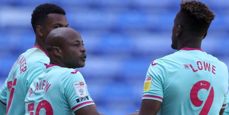 Reading 2-2 Swansea: Andre Ayew stars as Swans book play-off spot at the Madejski