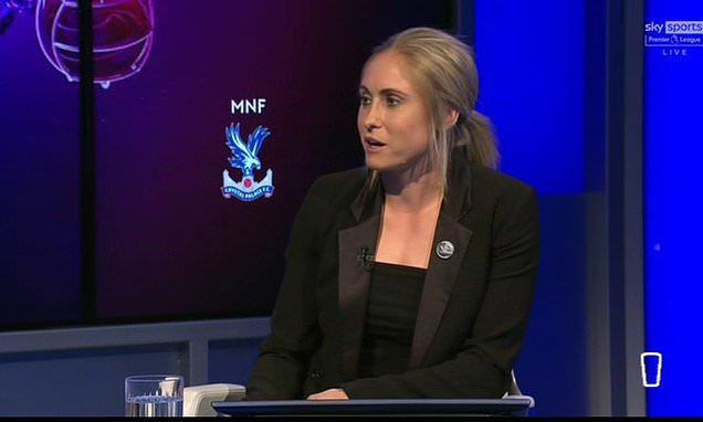 Steph Houghton announces she will take part in social media boycott