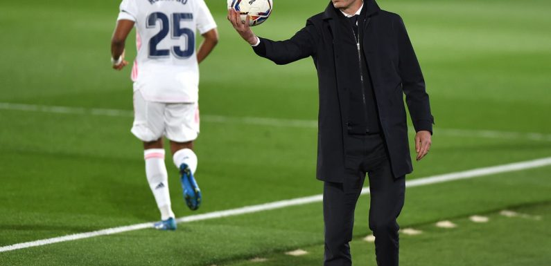 Zinedine Zidane pleased Real Madrid are 'still alive' against Chelsea