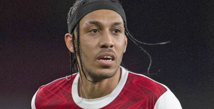 Arsenal boss Mikel Arteta 'risks losing dressing room' over Pierre-Emerick Aubameyang