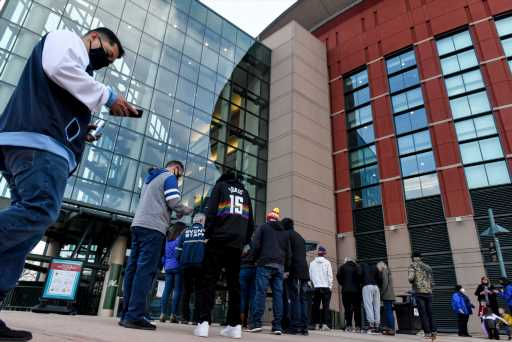 """Avalanche, Nuggets fans set for return to Ball Arena: """"They give us energy"""" – The Denver Post"""