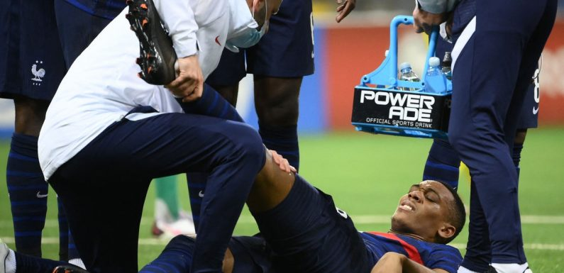 Anthony Martial injury: Manchester United hit by major blow with striker 'out for season'