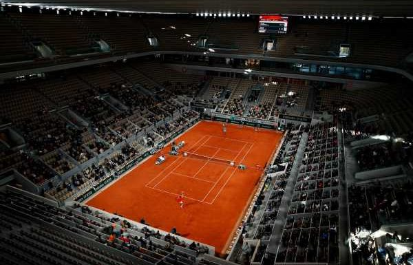 French Open could be cancelled due to national Covid-19 restrictions, warns organiser