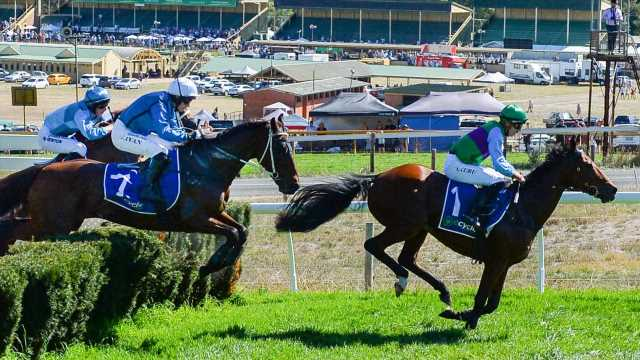 Great Eastern Steeplechase: Spying On You winds back the clock for second triumph