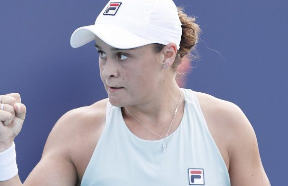 Ash Barty returns in style after avoiding awkward slip-up on clay