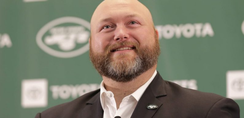 GM Joe Douglas: 'Fair' to say Jets will draft QB at No. 2; might have kept Sam Darnold if picking later