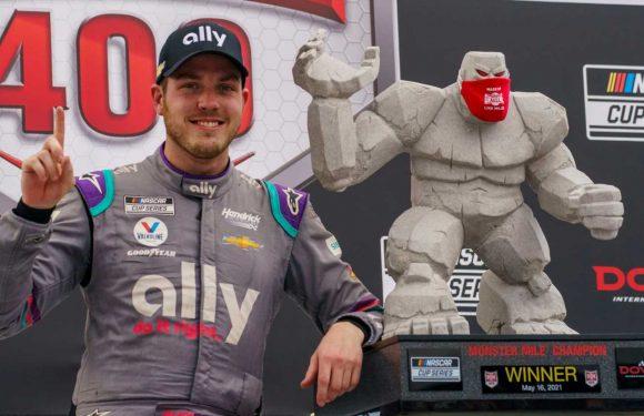 Alex Bowman wins NASCAR race at Dover as Hendrick Motorsports sweeps top four spots