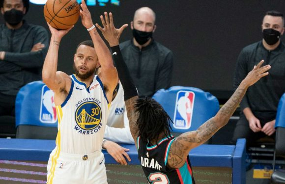 Curry shoots Warriors past Grizzlies as Golden State locks in West No. 8 seed
